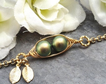Christmas Sale Sweet 2 Peas In A Pod Gold  Bracelet 2,3 Or 4 Swarovski Pearls Choose Your Color Or Beads. Ideal Gift For Mom Gr