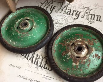 I'm A Junkie For A Great Set Of Metal Chippy Green Toy Wheels
