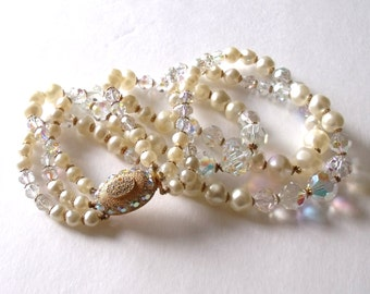 50's LAGUNA Aurora Borealis 3-Strand Pearl necklace ~ Glamour Necklace ~ Bridal Necklace