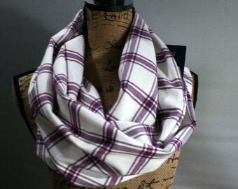 Scarf with pocket flannel one loop cream and mauve flannel travel scarf with one hidden pocket