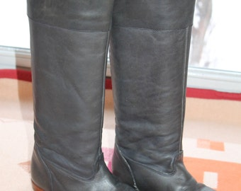 Vtg. Frye Tall Grey Leather  Womens Boots size 6 medium