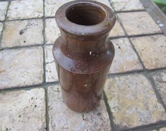 crockery bottle jug crocks pottery