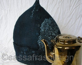 Unique wet felted tea cozy, handmade tea cosy, oustanding teapot warmer, seamlessly felted tea cozy, sculptural hand felted teapot, tealblue