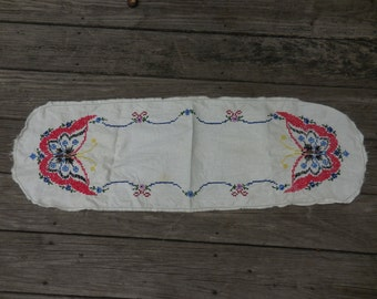 Vintage 1950s to 1960s Long Bureau/Dresser Doily/Scarf White Embroidered Red/Blue/Yellow/Black Butterflies