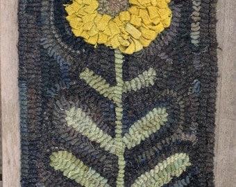 Primitive Folk Art Wool Hooked Rug Old Sunflower