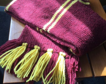 Hogwarts Scarf (with secret hidden pocket)