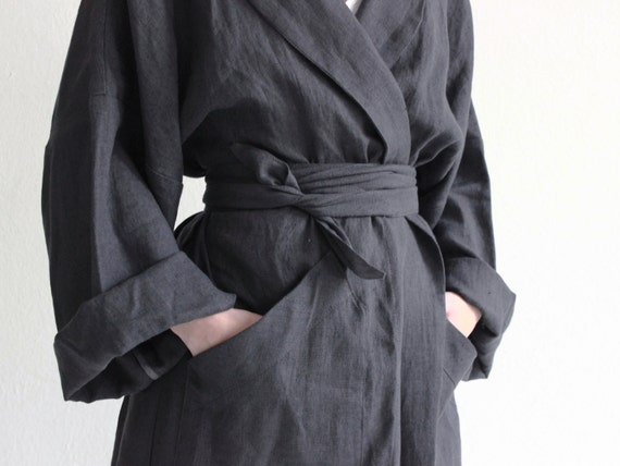 Long linen robe, Charcoal bath robe, Unisex bath robe, Linen dressing gown, Spa robe, Dark grey linen bath robe for men and women by LHI