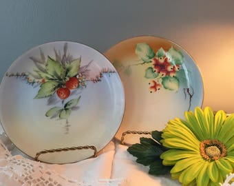 Beautiful antique handpainted decorative plates strawberrys and Queen Anne cherrys !!