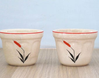 Vintage Set of Two Universal Cambridge China Red Cattail 6 Oz Custard Cup