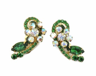 Vintage D&E aka JULIANA Green Ab Rhinestone Flower Cluster Earrings Climbers