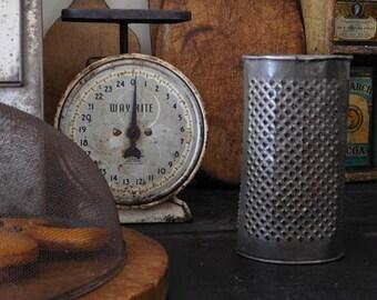 Vintage Round Tin Grater, Primitive Antiques Home Decor