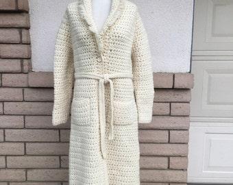 Vintage Creamy White Hand Knit Sweater Coat w/Belt Size L-XL