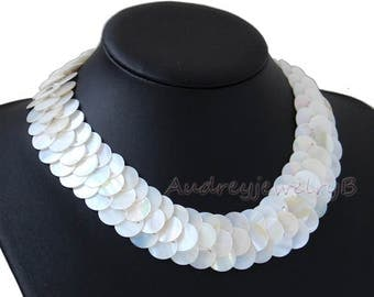 Handmade  Natural Shelll necklace,Mother of Pearl Shelll necklace bib necklace