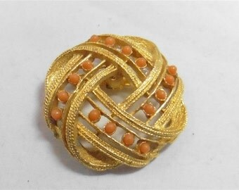 Gold Tone Vintage Pin / Brooch p1230221
