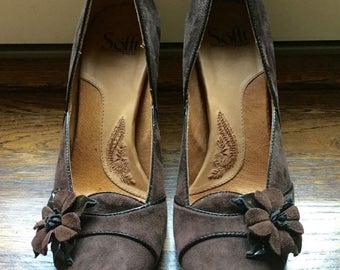 SPRING CLEANING SALE Soft Brown Suede Pump with Rosette Accent 9 1/2M