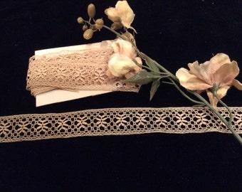 Vintage Delicate Antique  Ecru Cotton Lace, Lace Trim, Lace Edging, Craft Supplies, Vintage Lace
