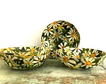 Set o 5 Fiber glass bowls
