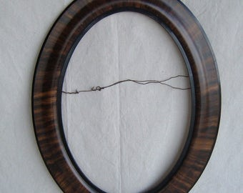 Vintage Wood Oval Picture Frame only.  (No glass)