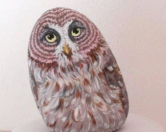 Painted natural Stone. owl feather bird. River Rock. Paperweight Home Decor Painting. collectible pebble. 3D Pet