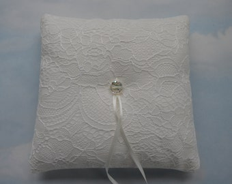 Lace wedding ring cushion. Ring bearer pillow for weddings.