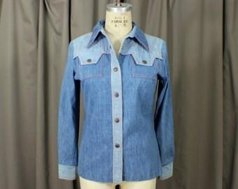 Two Tone Vintage Denim / Women's Denim Snap Shirt / Small Jean Top