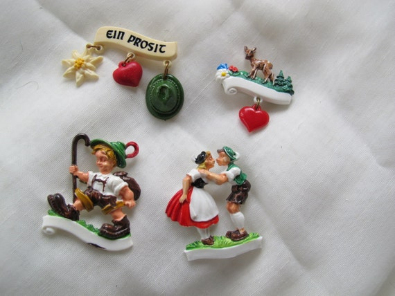 Vintage Oktoberfest pins (choice) / Collectible Oktoberfest hat pins / Vintage German hat pins