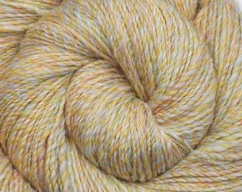 Handspun yarn - Merino wool / trilobal nylon yarn, DK weight - 330 yards - Downy Ducklings