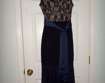 90s Maxi Long Dress Sleeveless Lace Solid Wiggle Skirt Women V Neck  Body Con Sash Size 14 Dressy Wedding