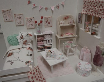 Dollhouse rose shabby room OOAK Doll diorama 1:12 scale (also Lati yellow,middle blythe, pulip)
