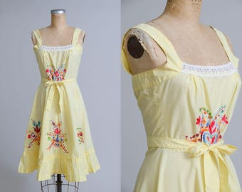 70s Floral Wrap Dress Pale Yellow Floral Embroidered Cotton Mexican Souvenir Style Summer Dress