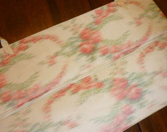 Antique Collar Storage Roll..Victorian..French Water Silk ..Perfect..Free Ship