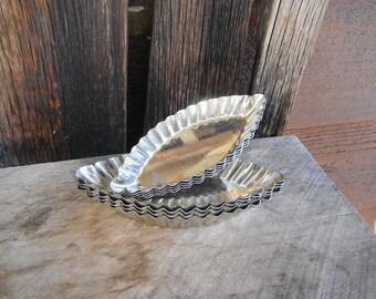 Vintage Metal Tart Pastry Tins