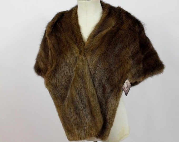 1950's Mink Fur Stole / Vintage Fur Wrap / 50's Mink Capelet / Ladies Cocktail Fur Shawl / Winter Wedding / Vintage Stole / Vintage Wedding