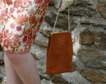 WELCOME SPRING SALE Vintage Rust Brown Suede Purse/Vintage 1960s/Evening Bag Clutch With Original Mirror