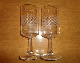2 Vintage Champagne Flutes, Etched Crystal Stemware in Mint Condition with criss cross pattern design, Sleek, Subtle and Sexy glassware