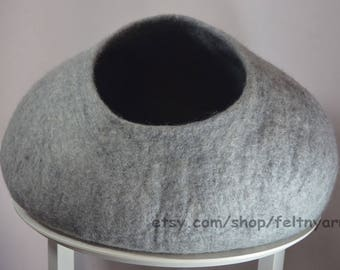 Natural gray cat cave, cat house, cat furniture, felt cat house, felt cat bed.