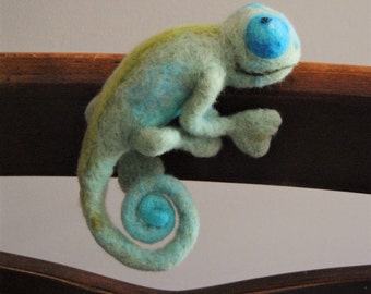 Reptile, Eco friendly toy, Felted chameleon,Reptile,Wool chameleon,Felted sculptures, Toy Felt, Needle Felted Animals, Birthday gift