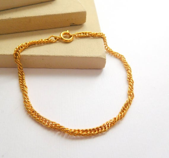Retro Twisting Yellow Gold Tone Delicate Skinny Chain Classic Link Bracelet K39