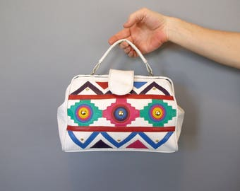 Vintage 80s 90s white vinyl purse handbag shoulder bag tribal colorful southwest print with shoulder strap