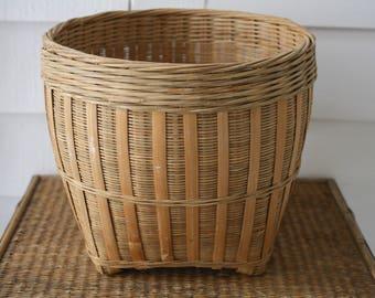 Vintage basket, woven rattan basket, Boho Chic, woven basket, wicker basket