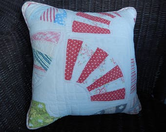 Quilt Pillow - Upcycled Quilt - Patchwork Pillow - Old Quilt Pillow - Cottage Chic - Porch Pillow - Antique Quilt Pillow - Farmhouse Decor