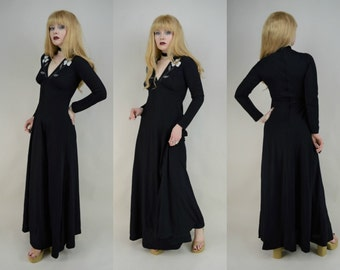70s Stunning Black Floral V Neck Fitted Sleeve Maxi Dress XS