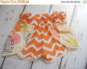 Going out of business Shorts 3T  Floral Flowers Orange Yellow Chevron Woven Girls
