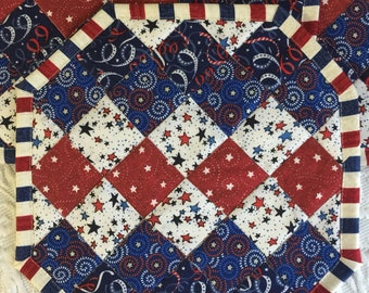 Patriotic Place Mats, Set of 4, Red, White, Blue, Independence Day, 4th of July, Memorial Day, Fireworks