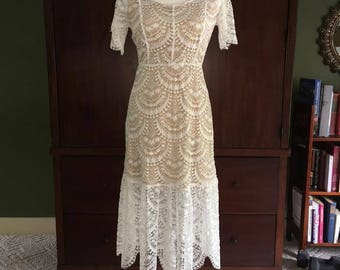 Vintage Lace Wedding Dress (NOW HALF PRICE!)