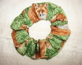 Fox on grass fabric Hair Scrunchies, fall foxes, forest woodland animals, women's accessories, womans scrunchies, gifts for her, hair tie
