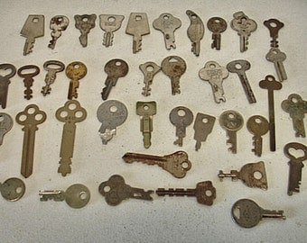Vintage lot of 40 Flat Keys some Rustic Steampunk Crafts Altered Art Mix Media Lot no. 39