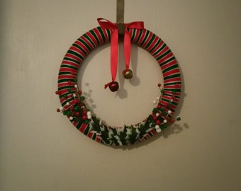 Christmas Wrapped Yarn Wreath 14 Inches