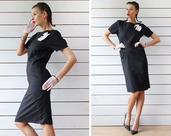 Vintage black white linen cotton elegant classic fitted skirt closed modest midi dress XS