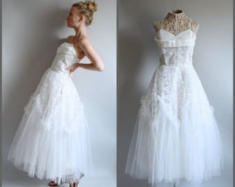 Vintage 1950's Tea Length Wedding Dress Strapless Gown Ruffle Tulle Full Skirt